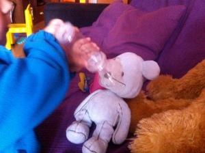 bebé ventolín salbutamol inhalador